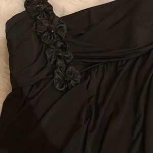 Dresses - Black homecoming dress